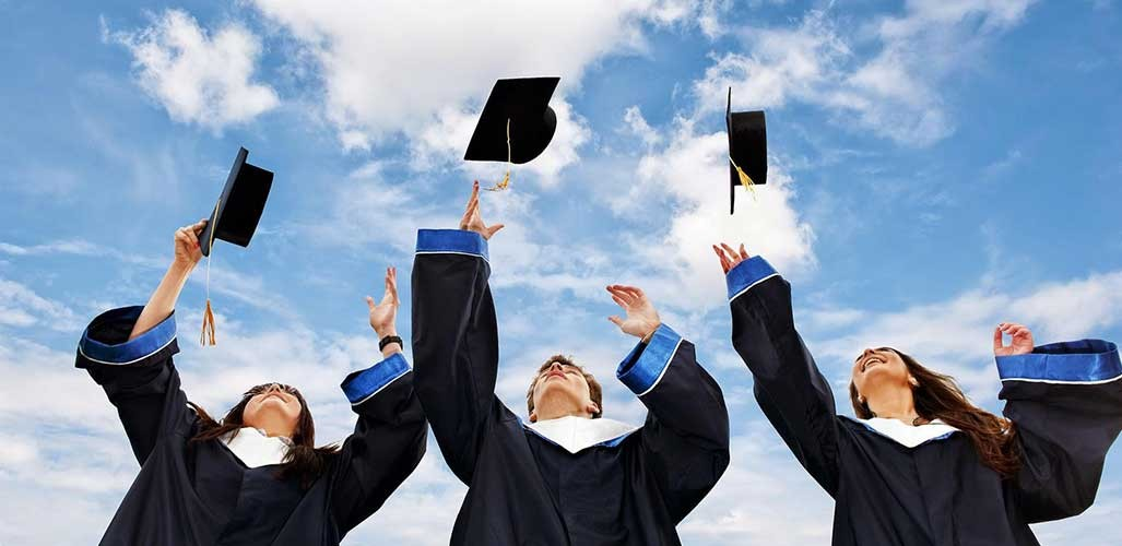 Why Should You Go For The Master Degree?